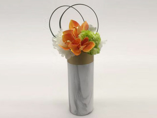 极简 客堂餐厅书房边柜摆件花艺