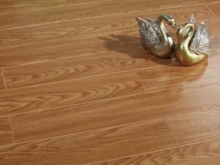 现代简约 多层实木地板 真木纹 中性色系 桉木地板