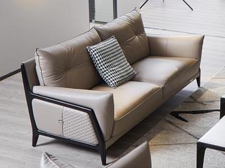 意式极简沙发 1805B罗宾 皮艺三人沙发